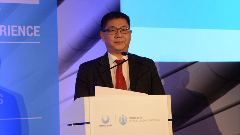 Shi Xiang, the director of the China National Tourism Administration Office in Frankfurt, gave a speech at the press and economic conference